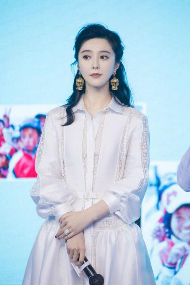 Blogger xứ Trung bầu chọn mỹ nhân bị ghét nhất showbiz: Angela Baby - Dương Mịch tranh top, khó hiểu nhất là Dương Tử - Ảnh 5.