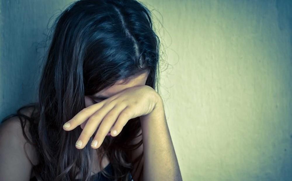 Người đàn ông dụ dỗ bé gái 14 tuổi quan hệ tình dục