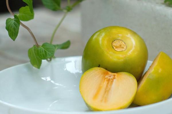 Lợi ích sức khỏe của quả hồng giòn - Ảnh 2.