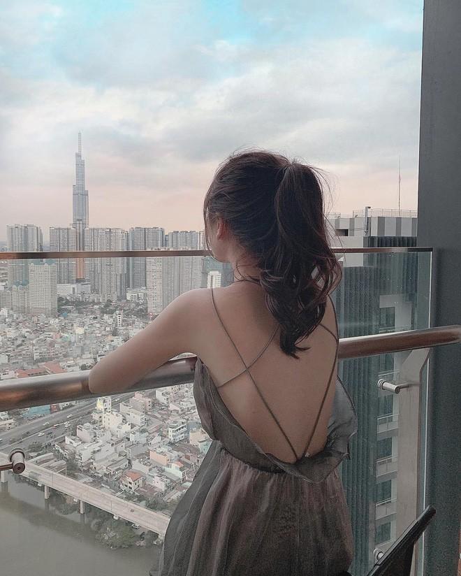 Hot girl được báo Trung khen xinh như búp bê: Thu nhập mỗi tháng của mình ổn định ở khoảng 50-70 triệu/tháng - Ảnh 15.