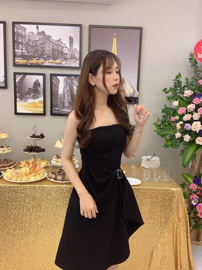 Hot girl được báo Trung khen xinh như búp bê: Thu nhập mỗi tháng của mình ổn định ở khoảng 50-70 triệu/tháng - Ảnh 5.
