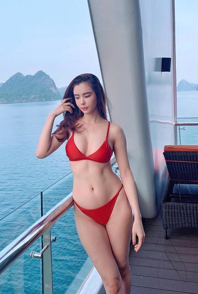 Cận cảnh thân hình bốc lửa của Hoa hậu Du lịch Thế giới Huỳnh Vy - Ảnh 2.