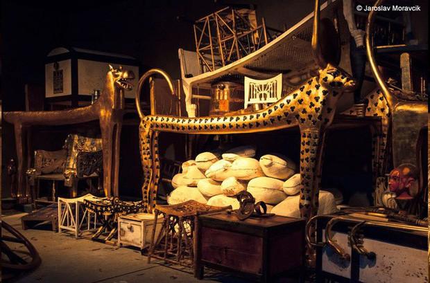 Kho báu giấu kín của Pharaoh Tutankhamun lần đầu tiên được đưa ra khỏi lăng mộ sau gần 100 năm - Ảnh 1.