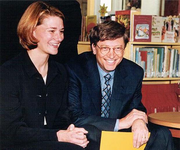 Bill Gates từng liệt kê chi tiết những cái được và mất trước khi lấy vợ, 25 năm sau thực tế chứng minh rằng ông đầu tư chẳng lỗ chút nào! - Ảnh 1.