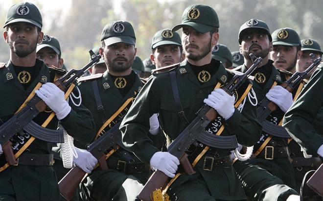 Tướng Iran dọa đưa Mỹ xuống địa ngục, đe Israel không đủ mồ chôn xác chết: Họ là ai? - ảnh 1