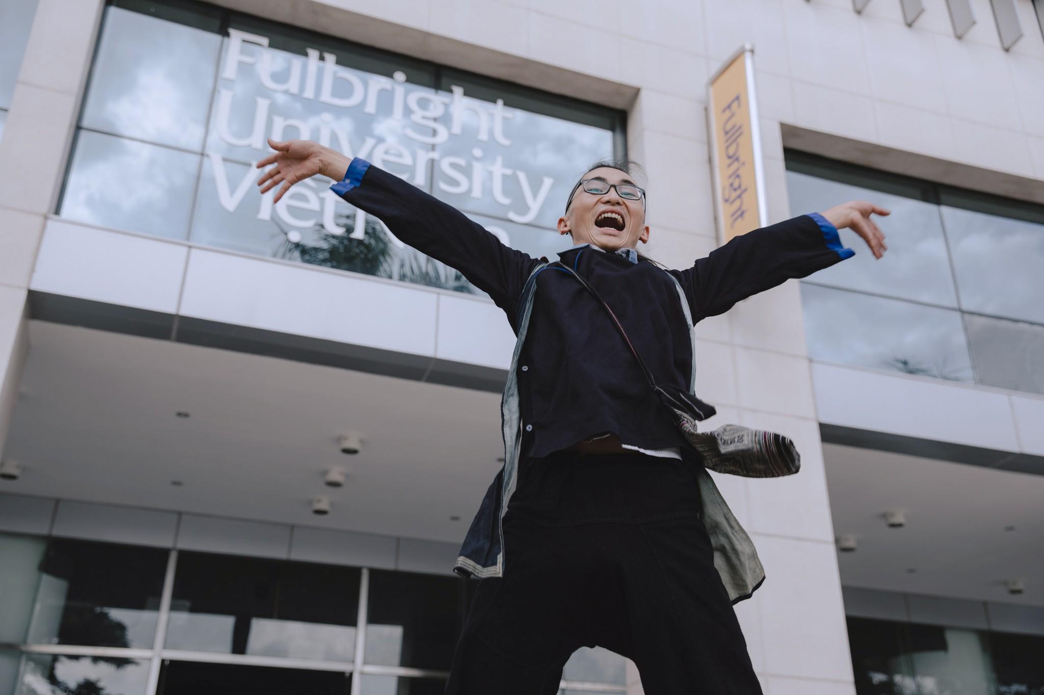 Con đường lạ lùng đến ĐH danh giá Fulbright của chàng trai người Mông dám bỏ ĐH Bách Khoa - Ảnh 21.