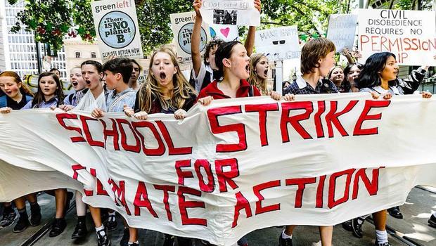 Bãi khóa vì khí hậu: Trào lưu trốn học đi biểu tình hay nguồn cảm hứng để thế hệ trẻ lên tiếng vì môi trường Trái đất? - Ảnh 3.