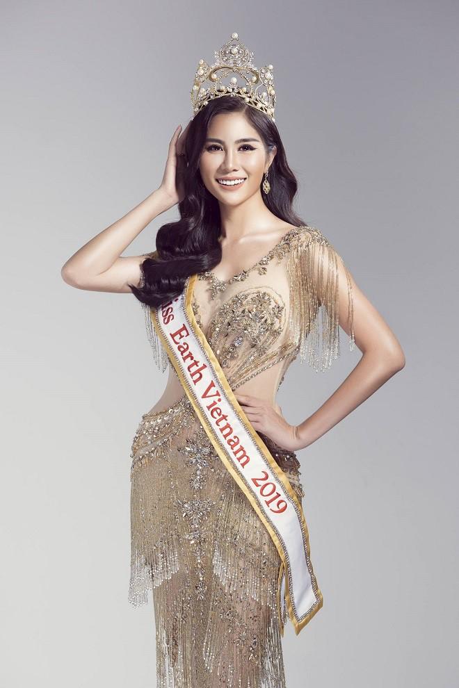 Á hậu Hoàng Hạnh chính thức đại diện Việt Nam thi Hoa hậu Trái Đất 2019 - Ảnh 8.