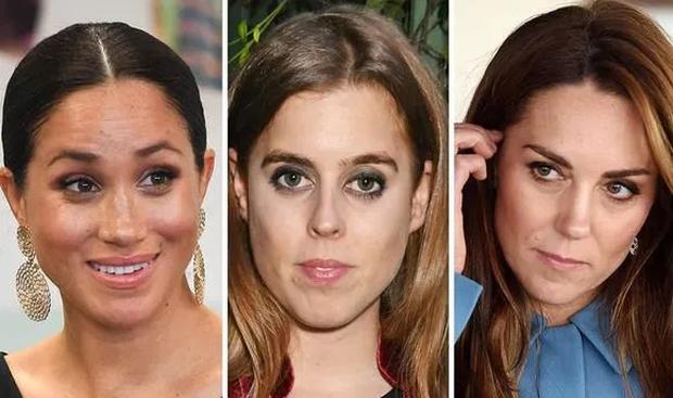 Công chúa Anh thông báo tin đính hôn, hai chị dâu Kate và Meghan Markle đều chung một phản ứng, làm dấy lên nghi vấn rạn nứt hoàng gia - Ảnh 2.