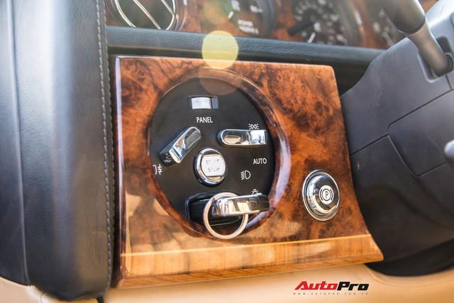 Khám phá Rolls-Royce Phantom độ phiên bản rồng, mạ vàng giá 15 tỷ tại Hà Nội - Ảnh 14.