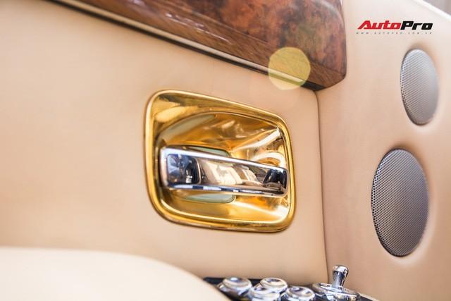 Khám phá Rolls-Royce Phantom độ phiên bản rồng, mạ vàng giá 15 tỷ tại Hà Nội - Ảnh 15.