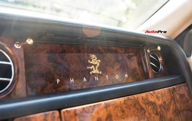 Khám phá Rolls-Royce Phantom độ phiên bản rồng, mạ vàng giá 15 tỷ tại Hà Nội - Ảnh 16.