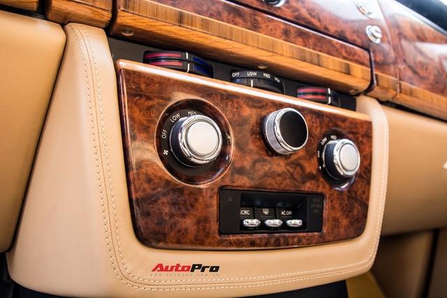 Khám phá Rolls-Royce Phantom độ phiên bản rồng, mạ vàng giá 15 tỷ tại Hà Nội - Ảnh 17.