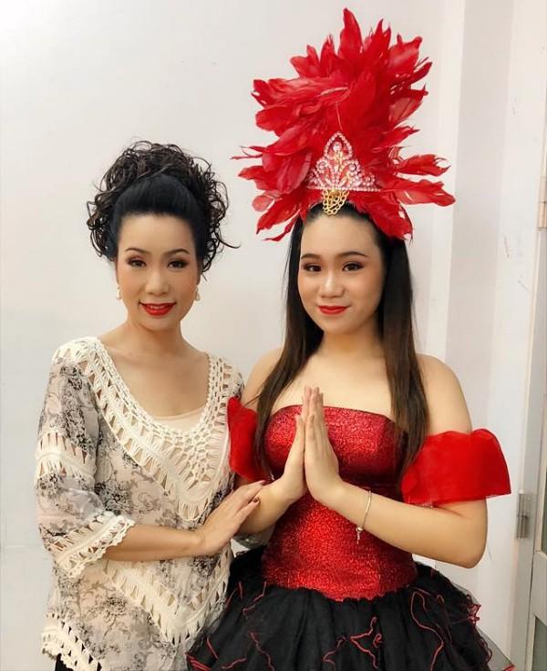 Nhan sắc khả ái của con gái Á hậu Trịnh Kim Chi: Lột xác từ cô bé mũm mĩm da ngăm thành thiếu nữ 17 tuổi cao 1m72 - Ảnh 19.