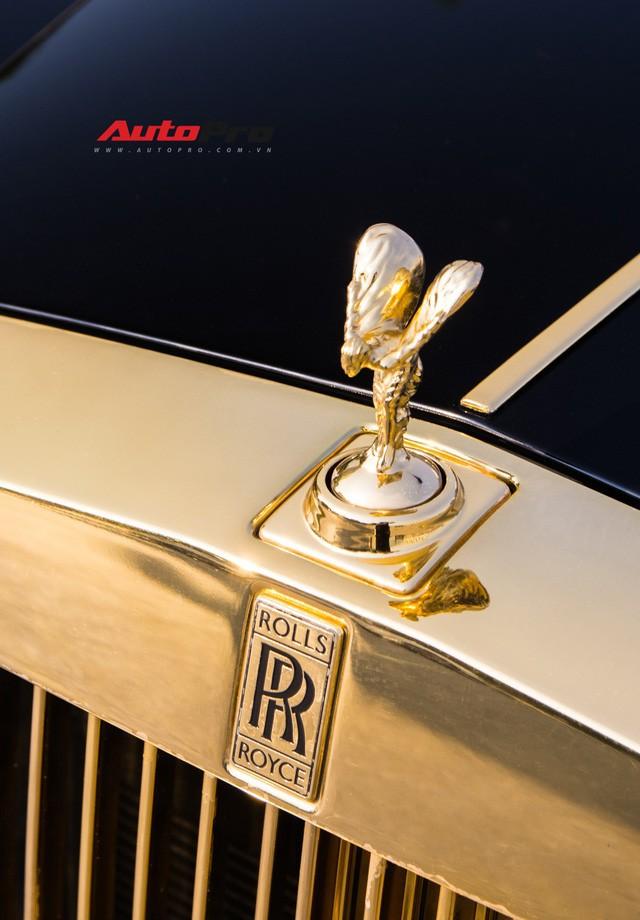 Khám phá Rolls-Royce Phantom độ phiên bản rồng, mạ vàng giá 15 tỷ tại Hà Nội - Ảnh 5.