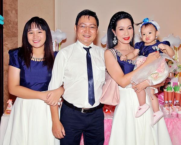 Nhan sắc khả ái của con gái Á hậu Trịnh Kim Chi: Lột xác từ cô bé mũm mĩm da ngăm thành thiếu nữ 17 tuổi cao 1m72 - Ảnh 7.