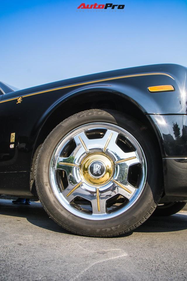 Khám phá Rolls-Royce Phantom độ phiên bản rồng, mạ vàng giá 15 tỷ tại Hà Nội - Ảnh 9.