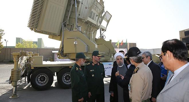Tên lửa Bavar-373 Iran: Vượt mặt S-300, ngang cơ S-400 và sẽ bắn tan xác F-22, F-35 Mỹ? - Ảnh 1.