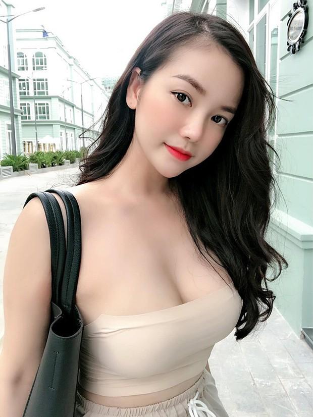 """VZN News: Dàn girl xinh có vòng 1 """"khủng"""" xấp xỉ 100cm: Người được netizen quốc tế truy lùng, người cực giỏi kinh doanh - Ảnh 1."""