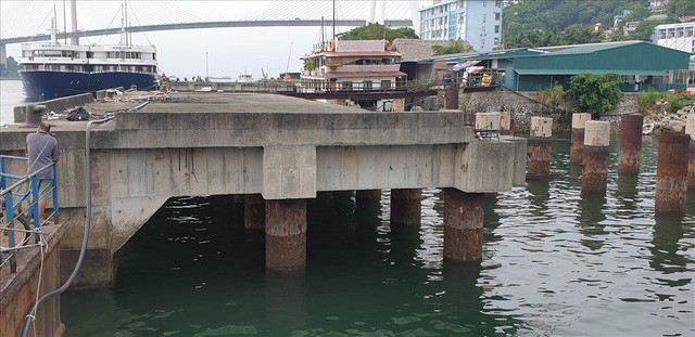 Cảng trăm tỉ Vinashin Hòn Gai nham nhở cột bê tông, thành nơi... câu cá - Ảnh 4.