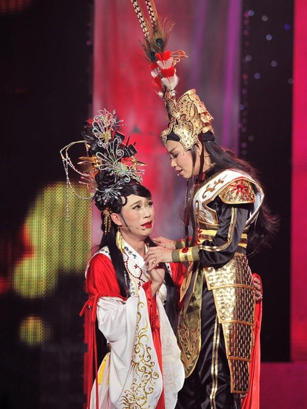 Chân dung 2 nghệ sĩ nổi tiếng chỉ cần hú là Hoài Linh có mặt, không cần mời - Ảnh 10.