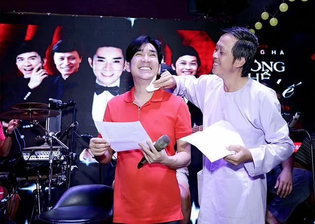 Chân dung 2 nghệ sĩ nổi tiếng chỉ cần hú là Hoài Linh có mặt, không cần mời - Ảnh 5.