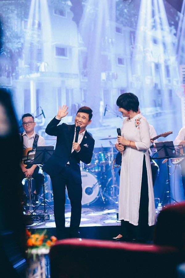 Nhờ 1 bài hát mua được 4 căn nhà mặt tiền và cuộc sống kín tiếng của Quang Linh - Ảnh 8.