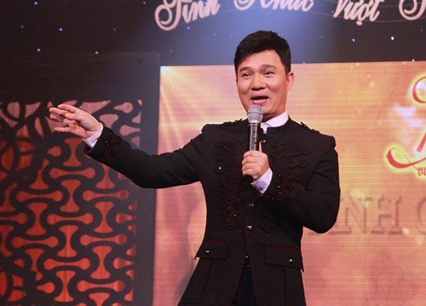 Nhờ 1 bài hát mua được 4 căn nhà mặt tiền và cuộc sống kín tiếng của Quang Linh - Ảnh 3.