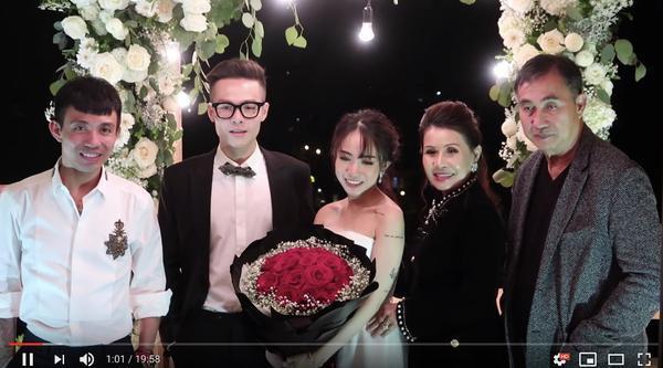 Hé lộ thiệp cưới thiết kế độc đáo và loạt quy định khắt khe trong đám cưới của con gái đại gia Minh Nhựa - Ảnh 3.