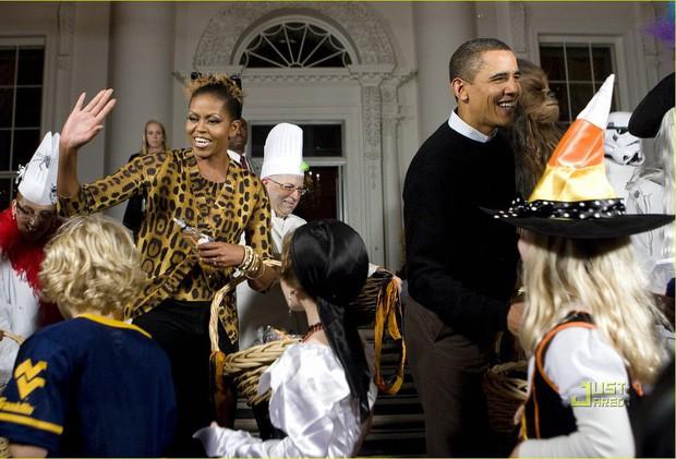 """Từng bị lôi ra làm trò cười và tổn thương sâu sắc, nhưng tôi hiểu giá trị của mình"""" - bí quyết để thành công và hạnh phúc do phu nhân cựu tổng thống Obama chia sẻ - Ảnh 7."""
