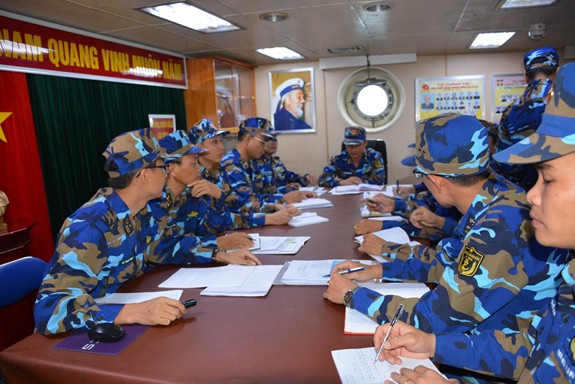 Tàu Hải quân Việt Nam hoàn thành tốt các khoa mục Diễn tập AUMX - Ảnh 1.