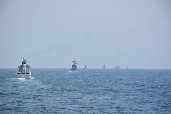 Tàu Hải quân Việt Nam hoàn thành tốt các khoa mục Diễn tập AUMX - Ảnh 4.