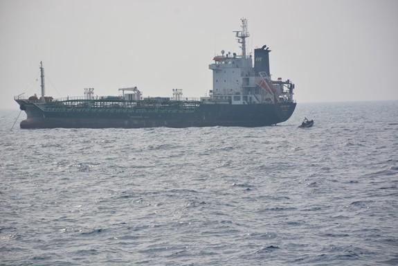 Tàu Hải quân Việt Nam hoàn thành tốt các khoa mục Diễn tập AUMX - Ảnh 8.
