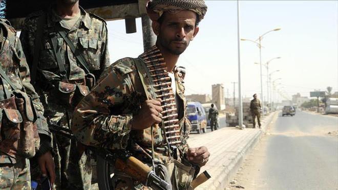 Chúng tôi bị nguyền rủa: Chiến thuật dùng người Yemen đánh người Yemen của Saudi? (P2) - Ảnh 4.