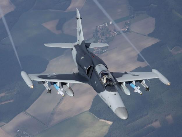 Siêu tiêm kích Su-57, Su-35 Nga có nguy cơ đắp chiếu vì điểm yếu nghiêm trọng này? - ảnh 6