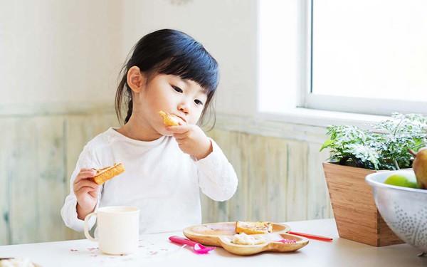VZN News: Soi thực đơn bữa sáng lặp đi lặp lại nhàm chán của các bà mẹ Việt - Ảnh 1.