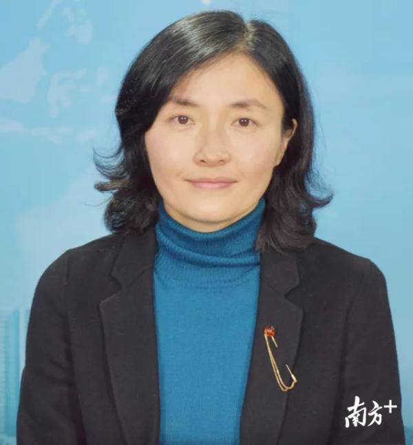 Các nữ quan chức Trung Quốc đổi sắc lấy quyền - Ảnh 1.