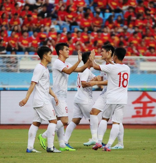 Báo Hàn: U22 Việt Nam vượt trội Trung Quốc, đến ghi bàn cũng không thèm ăn mừng - Ảnh 2.