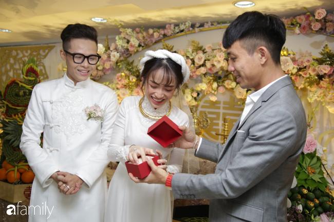 HOT: Toàn cảnh lễ đưa dâu toàn siêu xe hơn 100 tỷ của con gái đại gia Minh Nhựa, cả ngôi nhà tràn ngập hoa tươi - ảnh 4