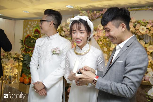 HOT: Toàn cảnh lễ đưa dâu toàn siêu xe hơn 100 tỷ của con gái đại gia Minh Nhựa, cả ngôi nhà tràn ngập hoa tươi - ảnh 6