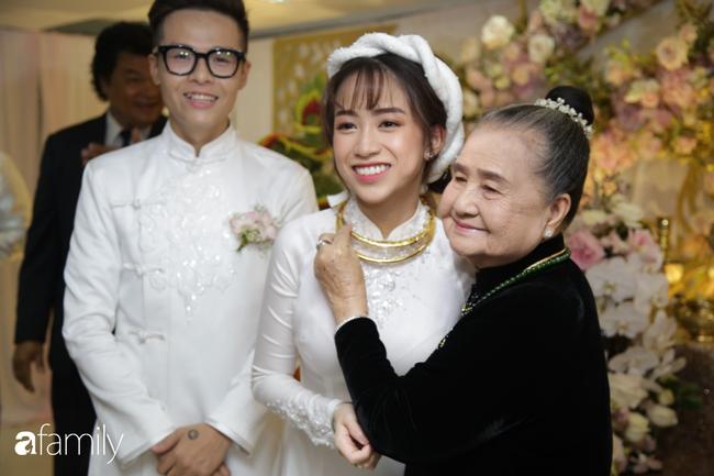 HOT: Toàn cảnh lễ đưa dâu toàn siêu xe hơn 100 tỷ của con gái đại gia Minh Nhựa, cả ngôi nhà tràn ngập hoa tươi - ảnh 8