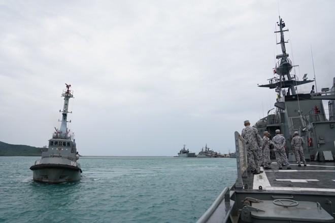 Ấn tượng với cuộc diễn tập hàng hải Mỹ - ASEAN đầu tiên - Ảnh 11.