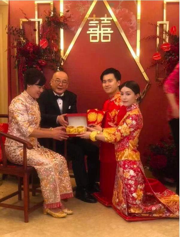 Người đẹp từng khiến Tạ Đình Phong và Trần Quán Hy tranh giành, xuất hiện lộng lẫy trong lễ đăng ký kết hôn cùng bạn trai thiếu gia giàu có 3 đời  - Ảnh 2.