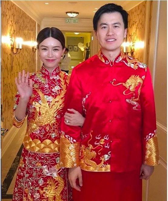 Người đẹp từng khiến Tạ Đình Phong và Trần Quán Hy tranh giành, xuất hiện lộng lẫy trong lễ đăng ký kết hôn cùng bạn trai thiếu gia giàu có 3 đời  - Ảnh 3.