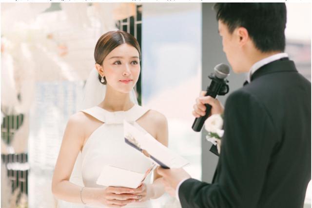Người đẹp từng khiến Tạ Đình Phong và Trần Quán Hy tranh giành, xuất hiện lộng lẫy trong lễ đăng ký kết hôn cùng bạn trai thiếu gia giàu có 3 đời  - Ảnh 5.