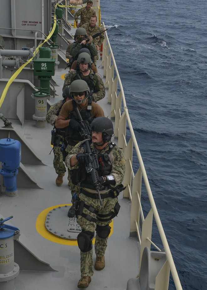 Ấn tượng với cuộc diễn tập hàng hải Mỹ - ASEAN đầu tiên - Ảnh 7.