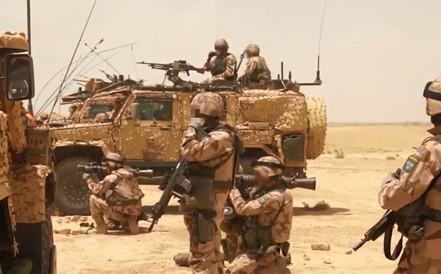 Soi sức mạnh súng phóng lựu M3 Carl Gustaf trên thao trường