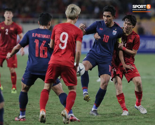Những sự kiện không thể bỏ lỡ của bóng đá Việt Nam năm 2020: Chờ tấm vé đắt đỏ tới thử thách cực đại mang tên Olympic và World Cup - Ảnh 1.