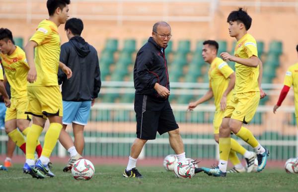Bóng đá Việt Nam năm 2020: Nhắm Olympic, mơ vòng loại thứ 3 World Cup 2022 - Ảnh 1.