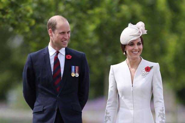 Vợ chồng Công nương Kate chính thức đưa ra thông báo lớn cho năm mới 2020 khiến nhiều người cảm thấy hụt hẫng - Ảnh 3.